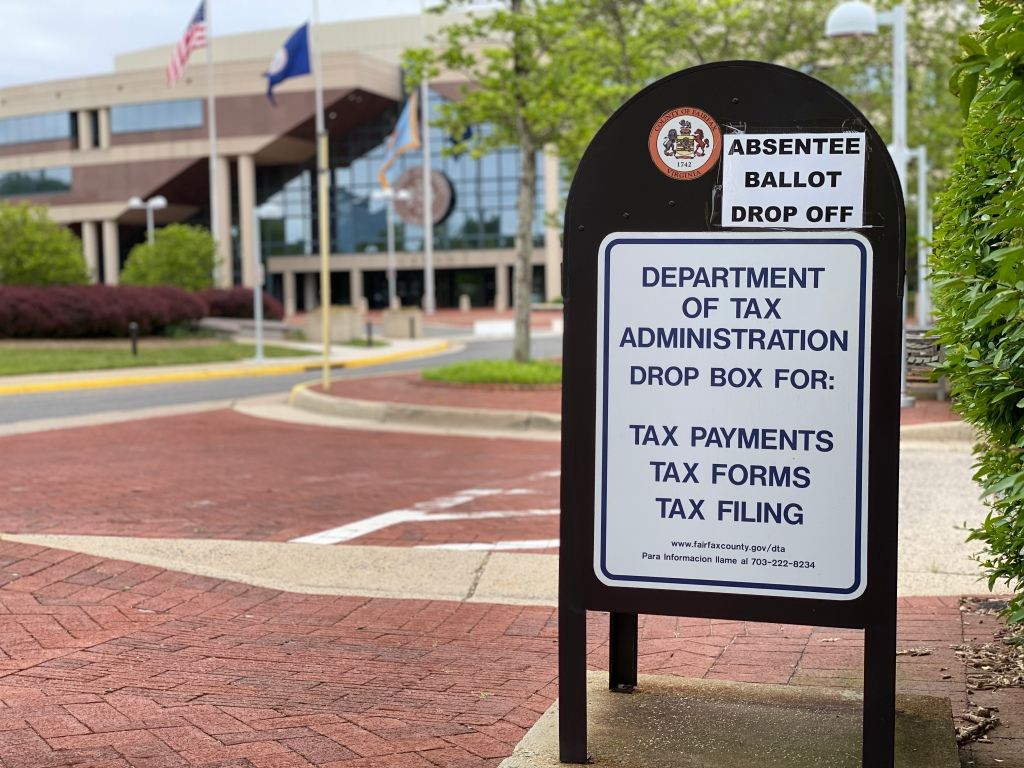 Vienna residents can drop off absentee ballots at the Fairfax County Government Center